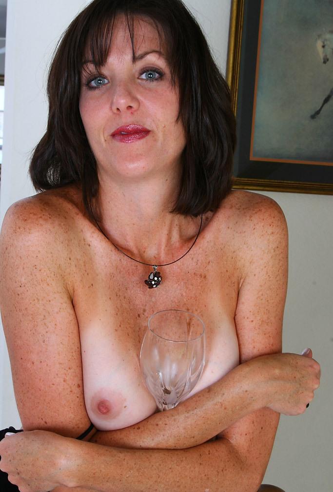Sexgeile Bitch am Wochenende bumsen.