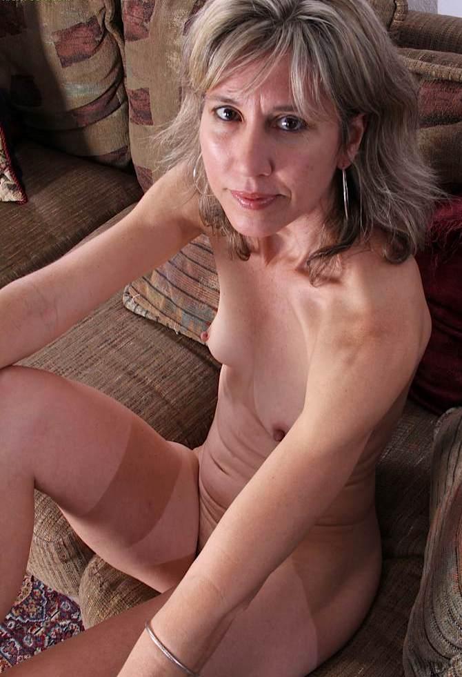 Sexgeile Omas brauchen lüsterndes Sexvergnügen.
